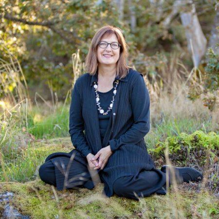 Elizabeth MacIssac - CFUW Elizabeth & Rachel Massey Award Winner